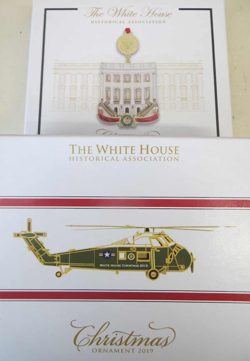 White House Christmas Ornament 2019.Set Of 2019 And 2018 Official White House Historical