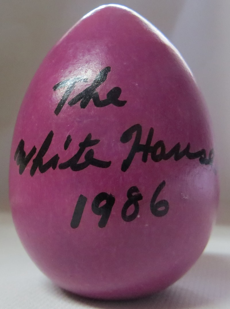 1986 Official White House Wooden Easter Egg Assorted