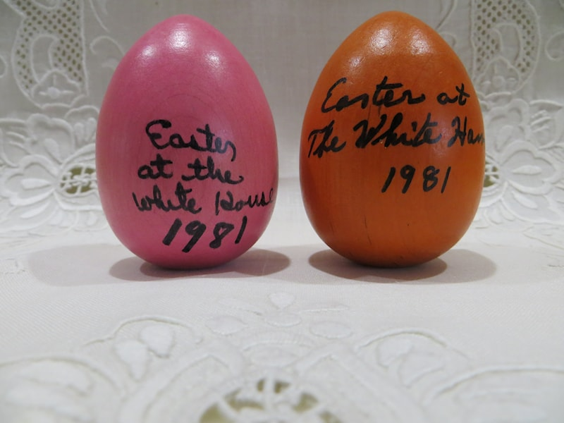 1981 Reagan Official Wooden Easter Egg