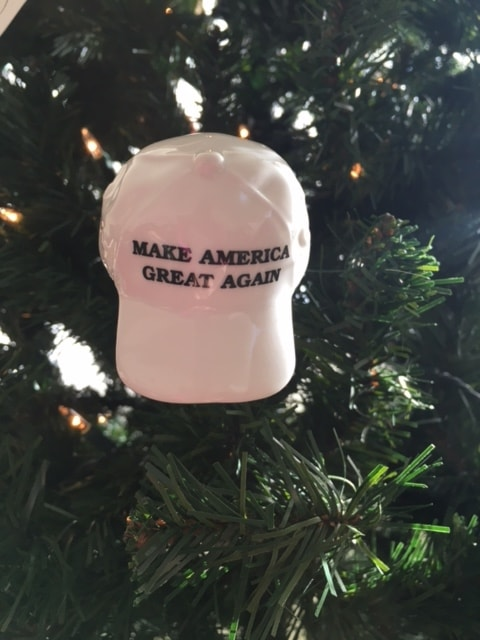 touch to zoom new trump make america great again ornament