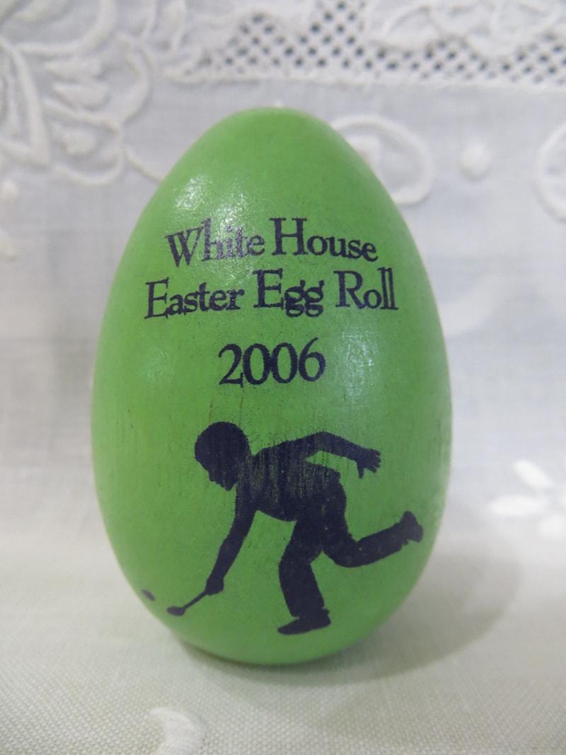 2006 Bush White House Green Easter Egg
